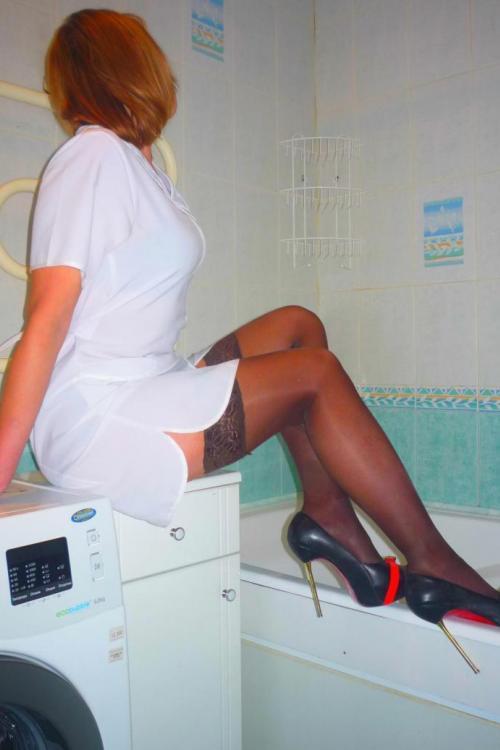 Проститутка у метро Проспект Ветеранов СПб оказывает услуги секс Классика