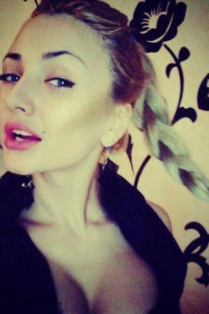 Проститутка  у метро Василеостровская СПб оказывает услуги секс Классика